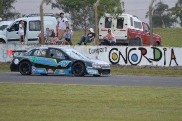 Debut y triunfo para el concordiense Agustin Milera en el Top Race Junior