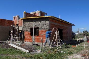 Se ejecutarán diez viviendas más en el Departamento Concordia