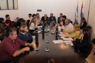 PARITARIA: Hubo acuerdo entre el gobierno provincial y los gremios estatales