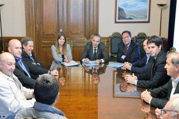Referentes del citrus se reunieron con legisladores por la Ley de Emergencia Citrícola