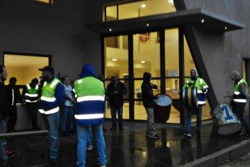 Sin un acuerdo entre las partes, los empleados despedidos en EGGER irán a la justicia