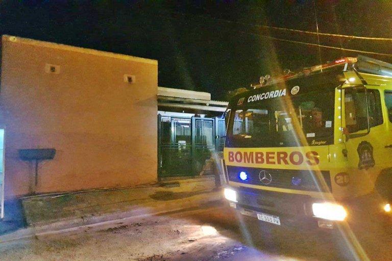 El incendio se registró durante la tarde de este martes, en el barrio Las Tejas.
