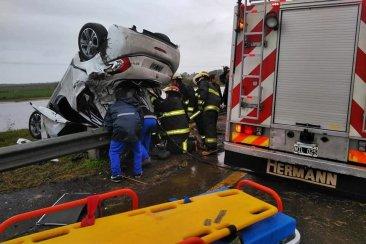 Una pareja de concordienses protagonizó un grave accidente en la Ruta 14
