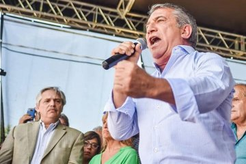 """Alberto Fernández le agradeció """"el gesto"""" a Urribarri para la conformación de las listas"""
