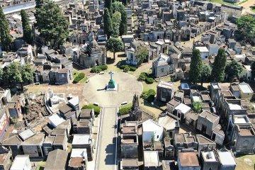 Explicaron cómo trabajará el cementerio local durante el Día del Padre