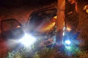 Despistó y chocó contra un poste de luz en la Ruta Provincial N° 2