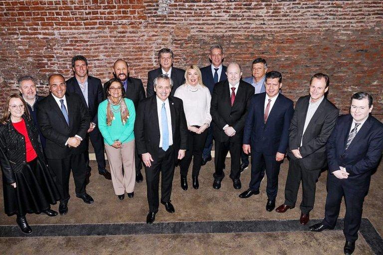 Fernandez y los gobernadores que concurrieron al encuentro