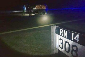 Perdió el control de su vehículo y terminó despistando en la autovía 14