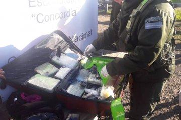 Gendarmería halló más de diez kilos de marihuana en un colectivo de larga distancia