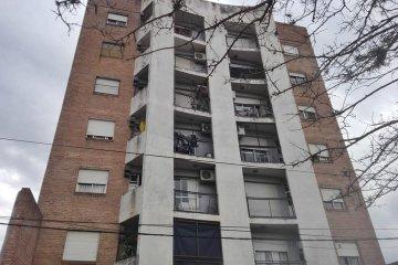 Una mujer se quitó la vida al arrojarse desde la terraza de un edificio céntrico