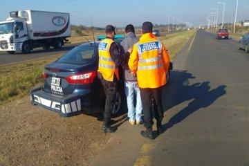 Detuvieron en la autovía 14 a un hombre que tenia pedido de captura por robo