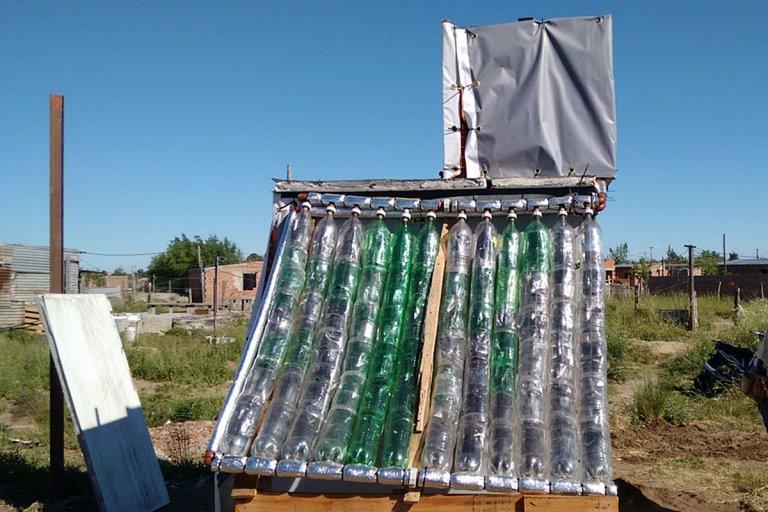 La escuela del barrio El Silencio, ya tiene su termotanque solar.