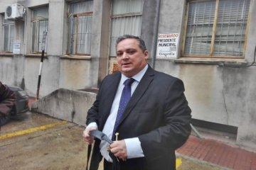 Benítez propone facilidades de pago para contribuyentes atrasados en la tasa comercial