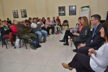 """Reuniones para """"fortalecer"""" el programa """"Educando en Movimiento"""" en Concordia"""
