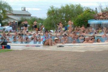 Chajarí comienza a recibir turistas que llegan para disfrutar del fin de semana largo