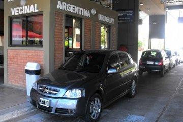 Aumentó más de un 30 por ciento el cruce de uruguayos a Concordia