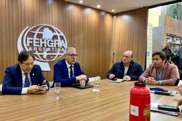 Lapiduz se reunió con autoridades de la Cámara Argentina de Turismo