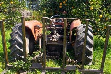 Un citricultor fue trasladado a Concordia tras sufrir un grave accidente con su tractor