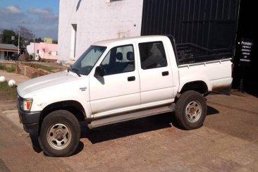 La ministra Romero entregó una camioneta para una ciudad del norte entrerriano