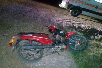 Encontraron a un motociclista inconsciente tirado a un costado de la ruta