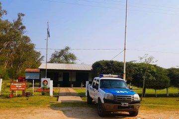 Cambio de autoridades y entrega de vehículo en una comisaría del norte entrerriano