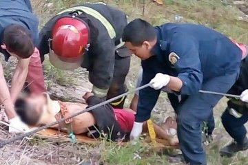 FOTOGALERIA: Así fue el operativo para rescatar al motociclista que cayó del puente Alvear