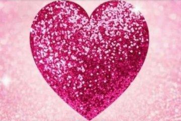 El corazón rosa invade WhatsApp llevando un mensaje de concientización