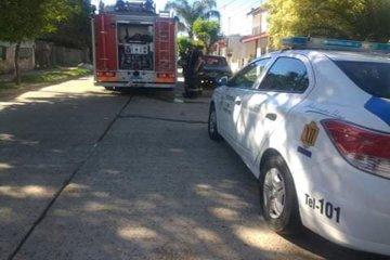 Una garrafa se prendió fuego y demandó el rápido accionar del cuerpo bomberil
