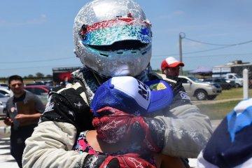 Un piloto federaense se consagró campeón del Turismo Pista 1600