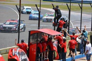 La carrera de Top Race  casi termina en escándalo por una increíble actitud de la categoría