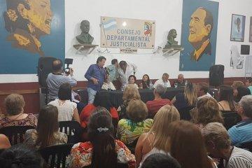 Alasino asegura que no fue echado de la sede del PJ y respondió a quienes le reprochan su apoyo a Macri