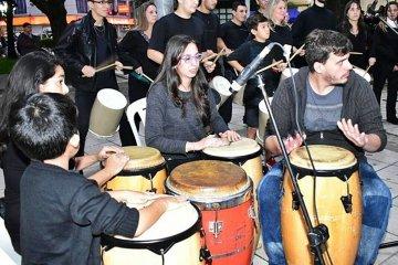 La Escuela Municipal organizó un día a pura música para conmemorar a Santa Cecilia