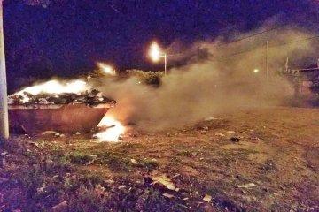 Prendieron fuego dos volquetes de residuos y los bomberos debieron actuar