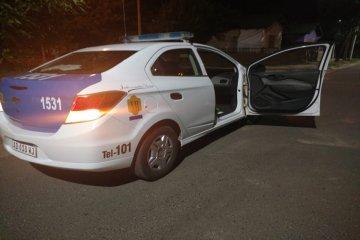 Robó e inició una persecución policial que terminó con un policía atropellado