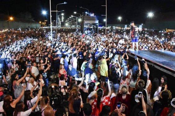 Más de 15 mil personas en la primera noche de la Fiesta de la Citricultura