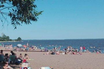 Más de 12 mil personas visitaron las playas de Santa Ana en los últimos días