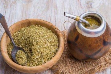 Prohíben el consumo de una reconocida mezcla de hierbas y yerba mate