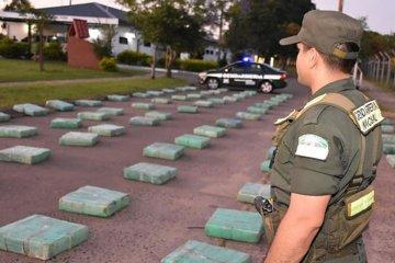 Interceptaron un camión con más de dos mil kilos de marihuana en Entre Ríos