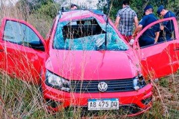 Una familia bonaerense volcó en la Autovía Artigas