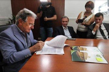 Concordia entre los municipios que firmaron el convenio para congelar el boleto de colectivo
