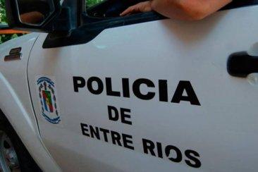 VÍDEO: Se quedó sin nafta y tres delincuentes le robaron la moto