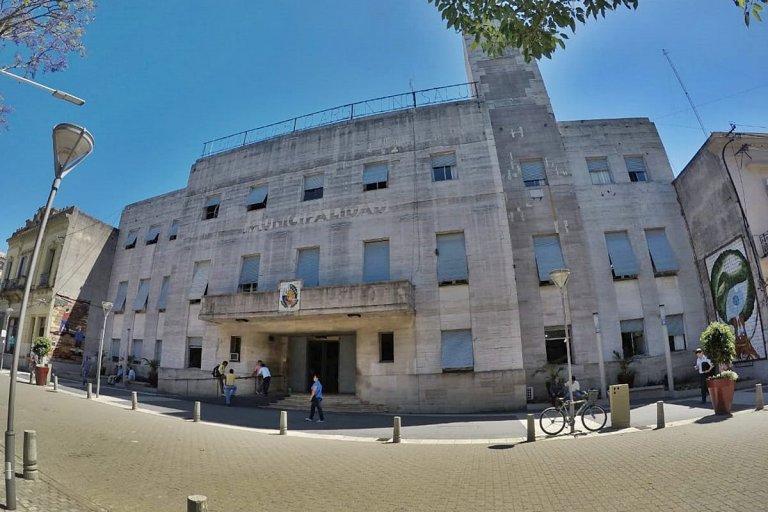 El municipio afirma que no obtiene respuestas de la empresa.