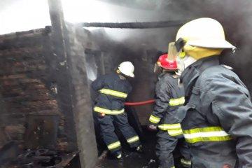 Un incendio consumió la totalidad de una vivienda