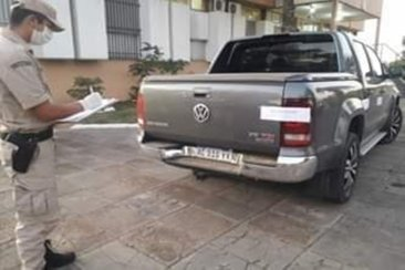 Lo detuvieron y le secuestraron su camioneta por incumplir la cuarentena