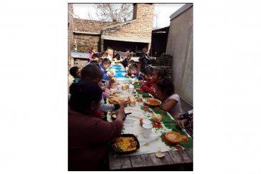 El Club Estudiantes colabora con un merendero que alimenta a más de 140 personas