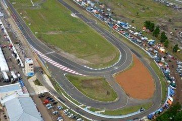 Con estrictos protocolos autorizan las actividades automovilísticas en el autódromo