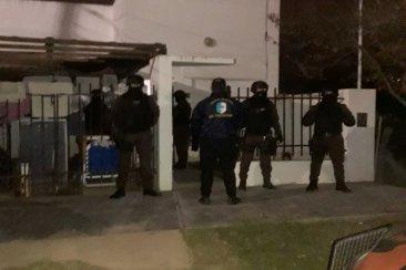 Dos detenidos tras varios allanamientos donde se secuestró cocaína
