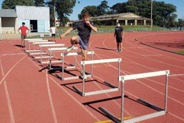 El uso de la pista será exclusivo para atletas federados