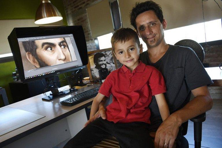 Ramiro Ghigliazza, diseñador gráfico y autor del retrato digital.