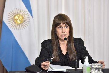 """COVID: La ministra Velázquez repudió la difusión de noticias falsas """"de los que viven en la mezquindad"""""""